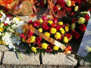 Coeetc a l'ofrena floral de Rafel Casanova