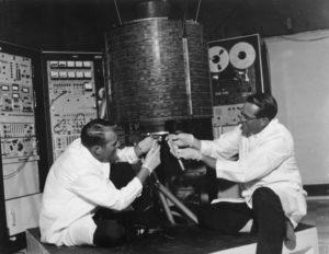1965-06-28-efemerides-de-tecnologia-intelsat-1