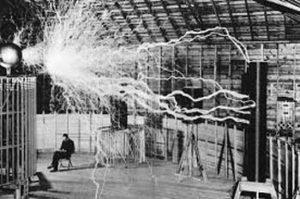30 anys telecos energia electrica